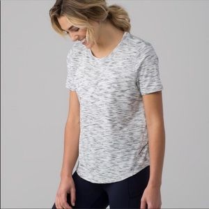 Lululemon long distance shirt size 4